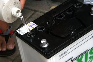 Как проверить уровень электролита в аккумуляторе тюмень