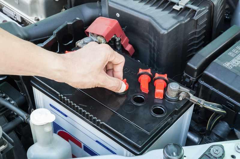 Как правильно подсоединить аккумулятор в автомобиле