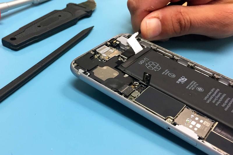 Как поменять батарею на iphone 5
