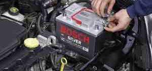 Как правильно поменять аккумулятор в машине