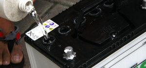 Состав электролита для кислотных автомобильных аккумуляторов
