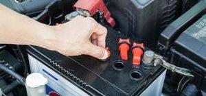 Как и зачем делают обслуживание автомобильных аккумуляторов